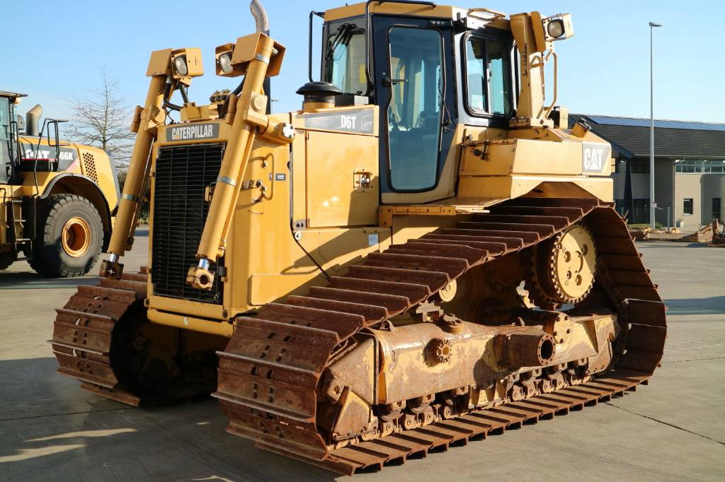 Caterpillar D6TLGP, Dozers, Construction Equipment