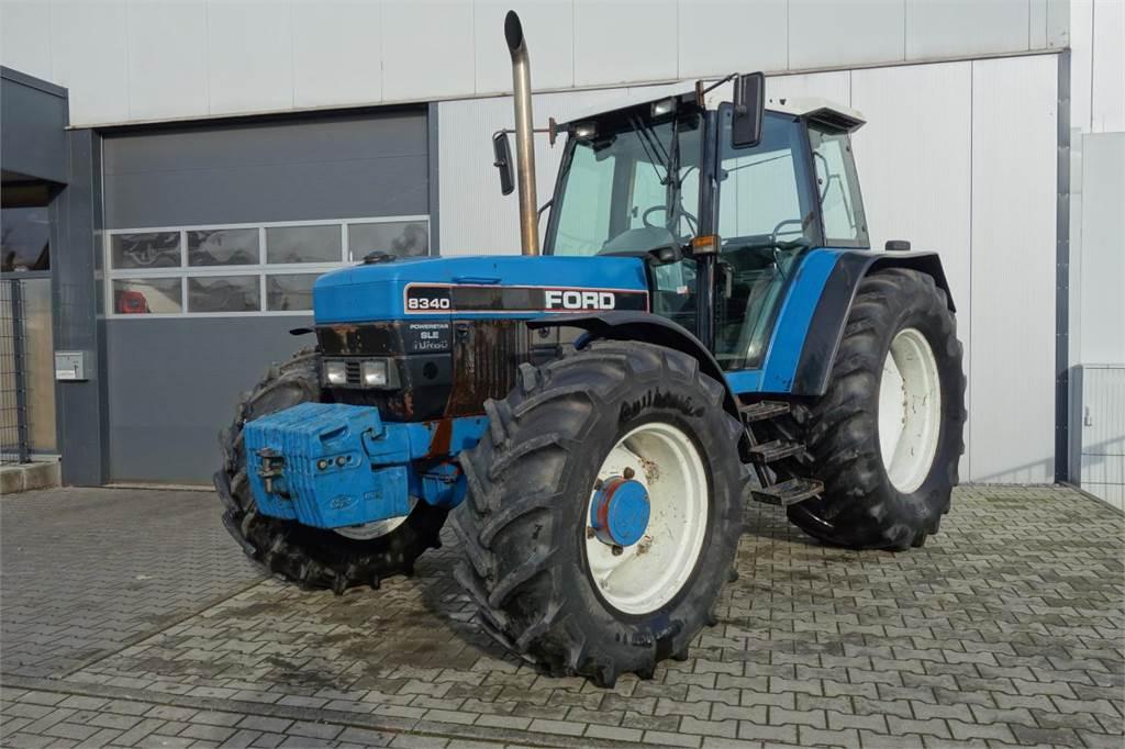 New Holland 8340
