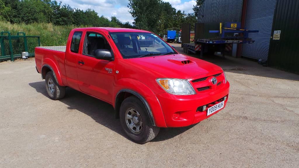 Toyota Hilux HL2 D4D King Cab, Pick up/Dropside, Transportation
