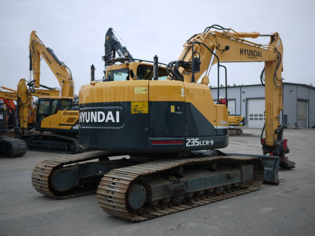 Hyundai R 235 LCRD-9, Telakaivukoneet, Maarakennus