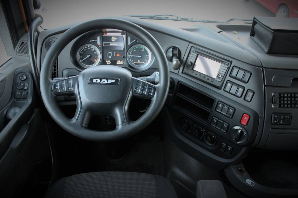 DAF XF 460 FAR 6x2, Kuorma-autoalustat, Kuljetuskalusto