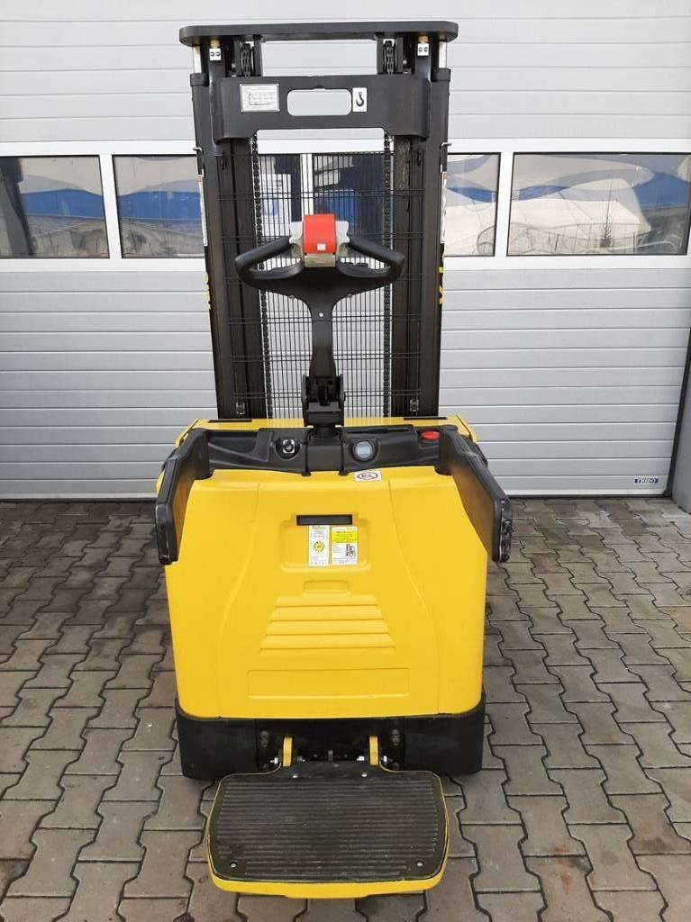 Yale MS15X, Pedestrian stacker, Material Handling