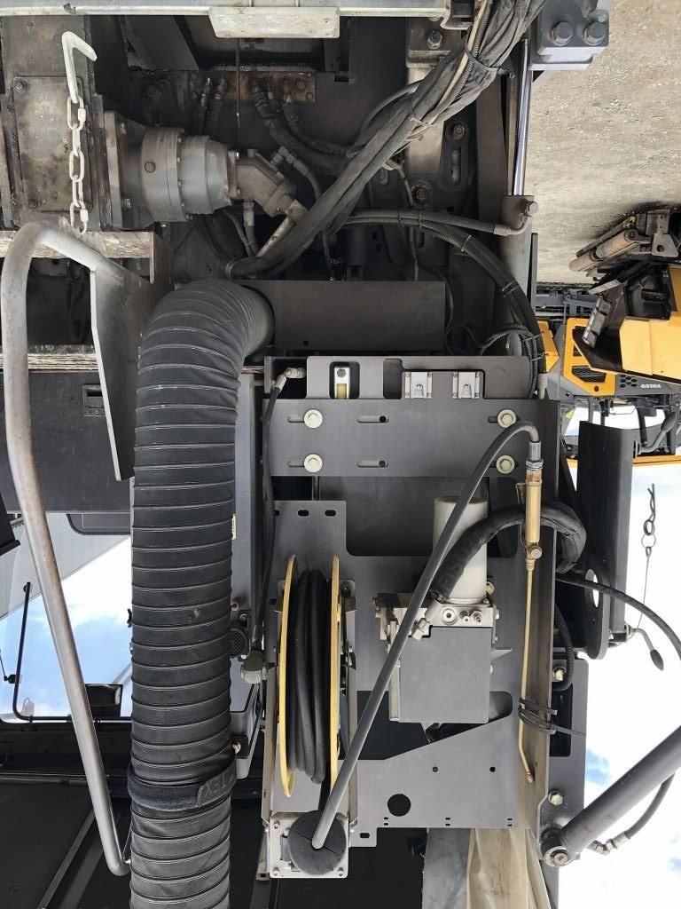 Volvo P 8820 C ABG, Asphalt pavers, Construction Equipment