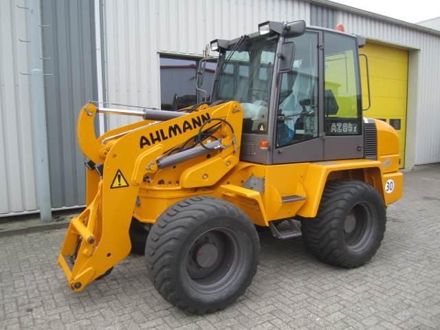 Ahlmann Zwenklader AZ 85t, Wielladers, Bouw