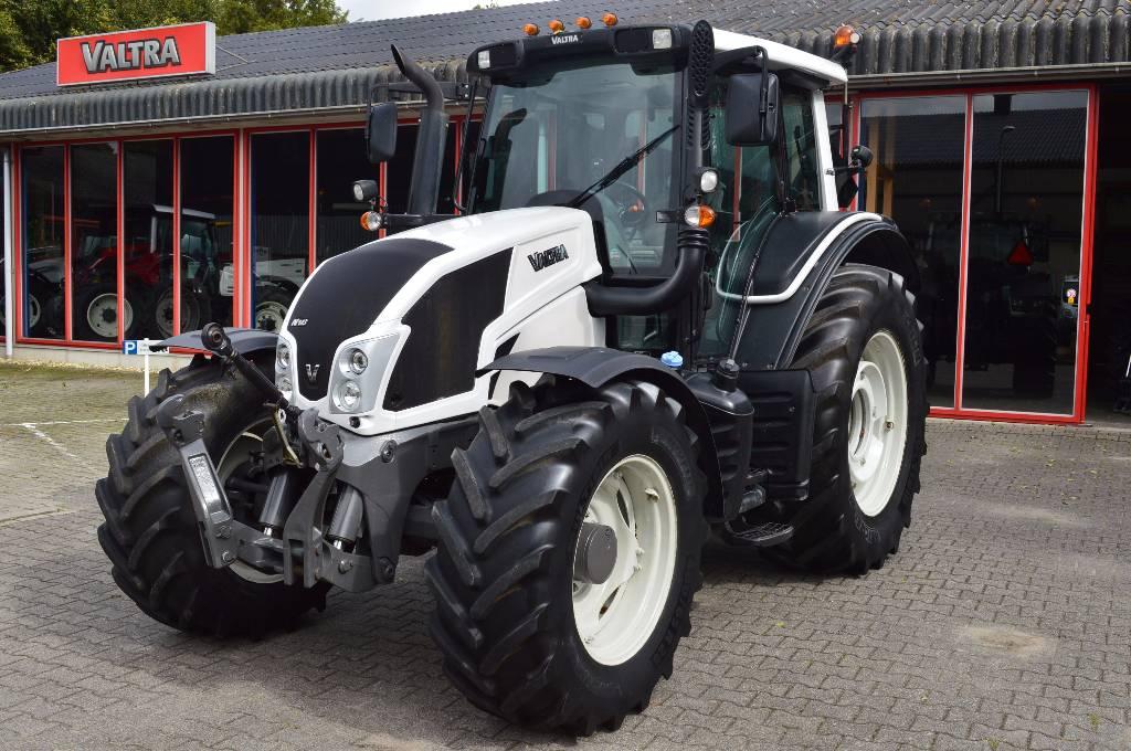 Valtra N143 HiTech, Tractoren, Landbouw