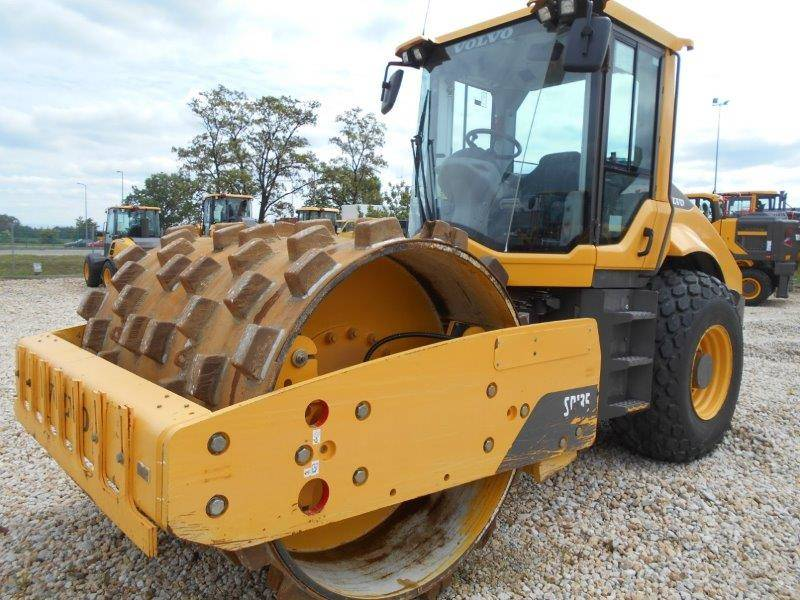 Volvo SD135, Single drum rollers, Construction Equipment