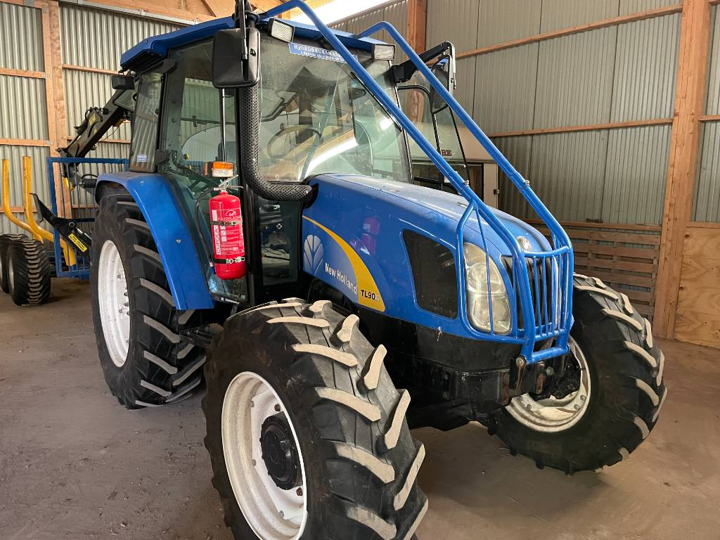 New Holland TL 90 A, Skogsbyggd, Traktorer, Lantbruk
