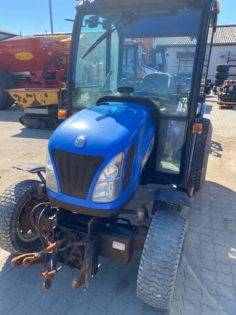 New Holland TC 27 D, Traktorer, Landbrug