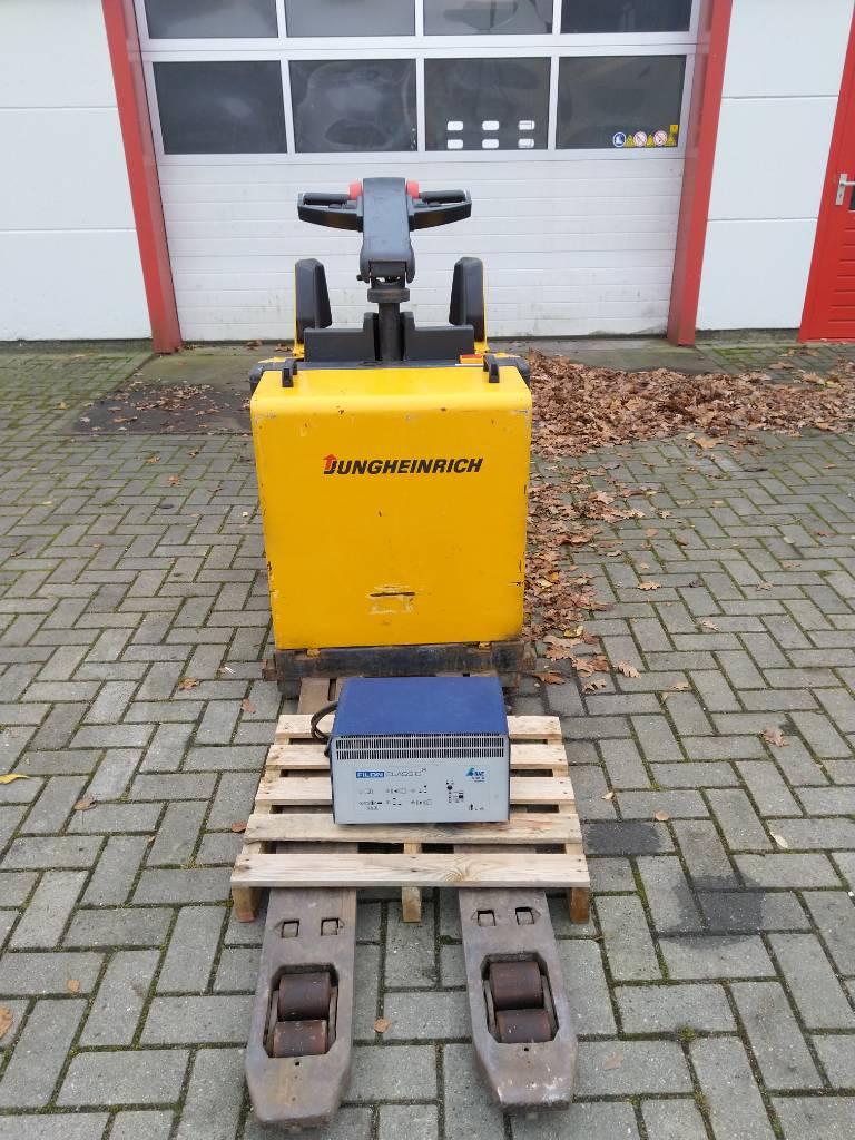 Jungheinrich ERE 20 meerij palletwagen, Pallettruck met meerij platform, Laden en lossen