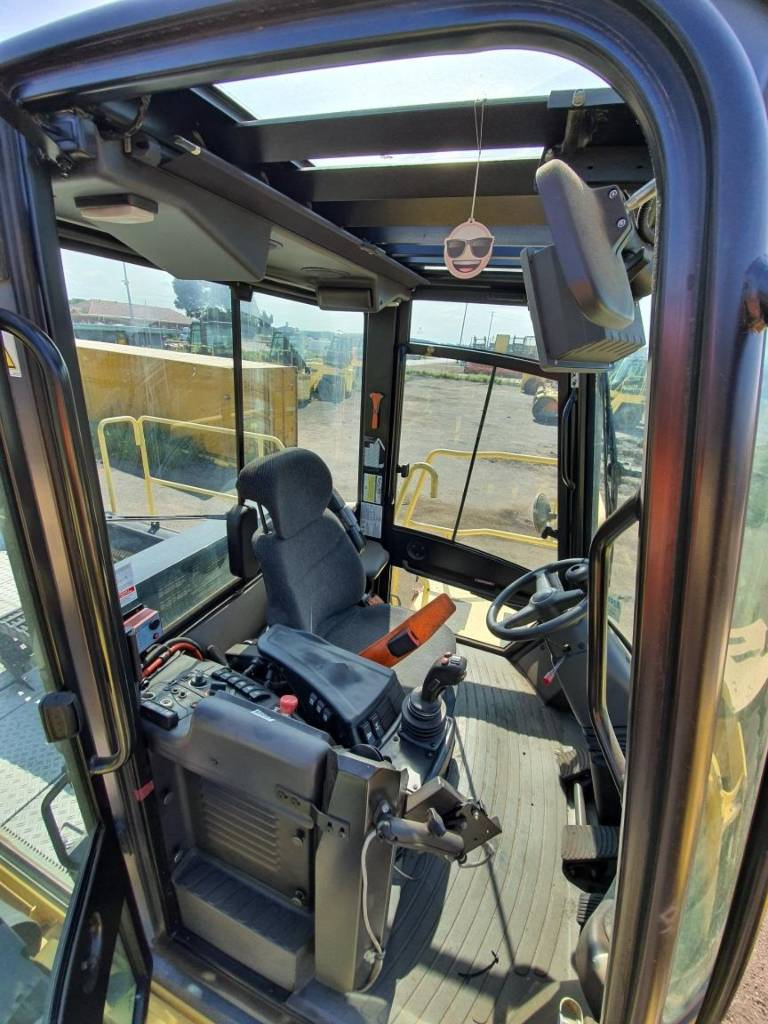 Hyster RS46-41LSCH, Reach Stackers, Material Handling