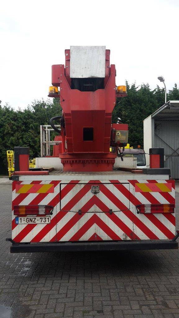 Bronto Skylift S46XDT, Truck mounted aerial platforms, Construction