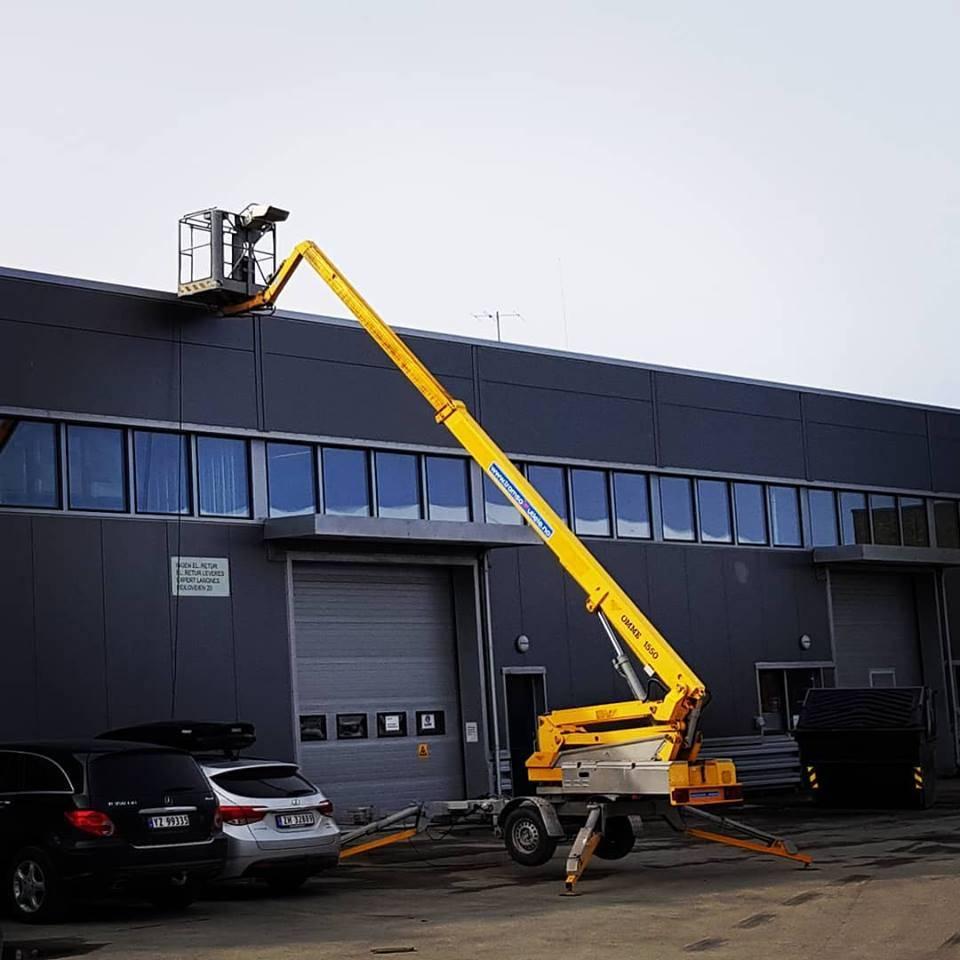 Omme 1550 EBZX tilhengerlift 15,3 m arb.høyde, Tilhengerlifter, Anlegg