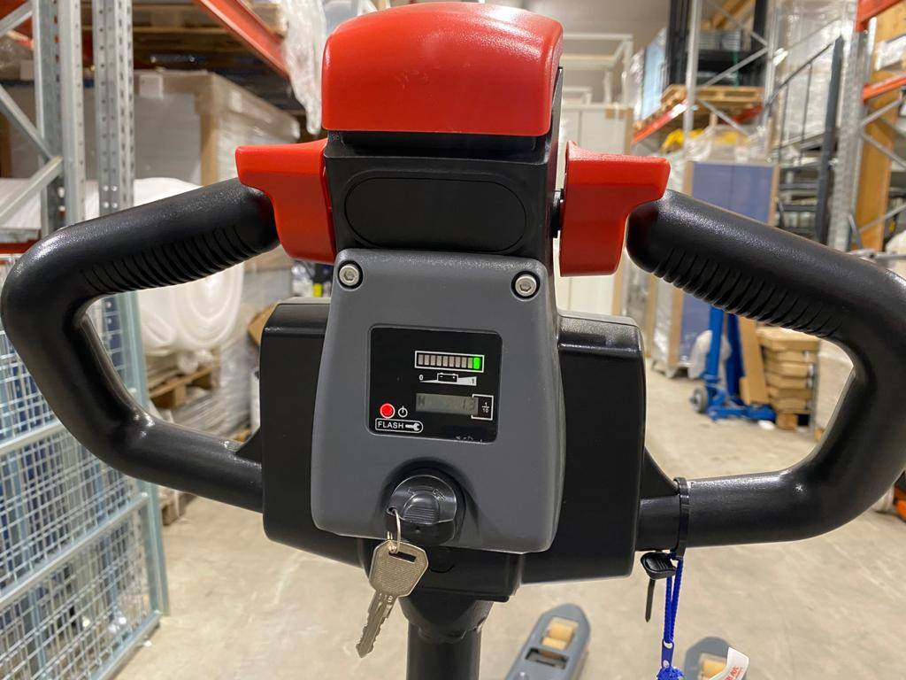 Handy LVK20, Lavansiirtotrukit, Materiaalinkäsittely