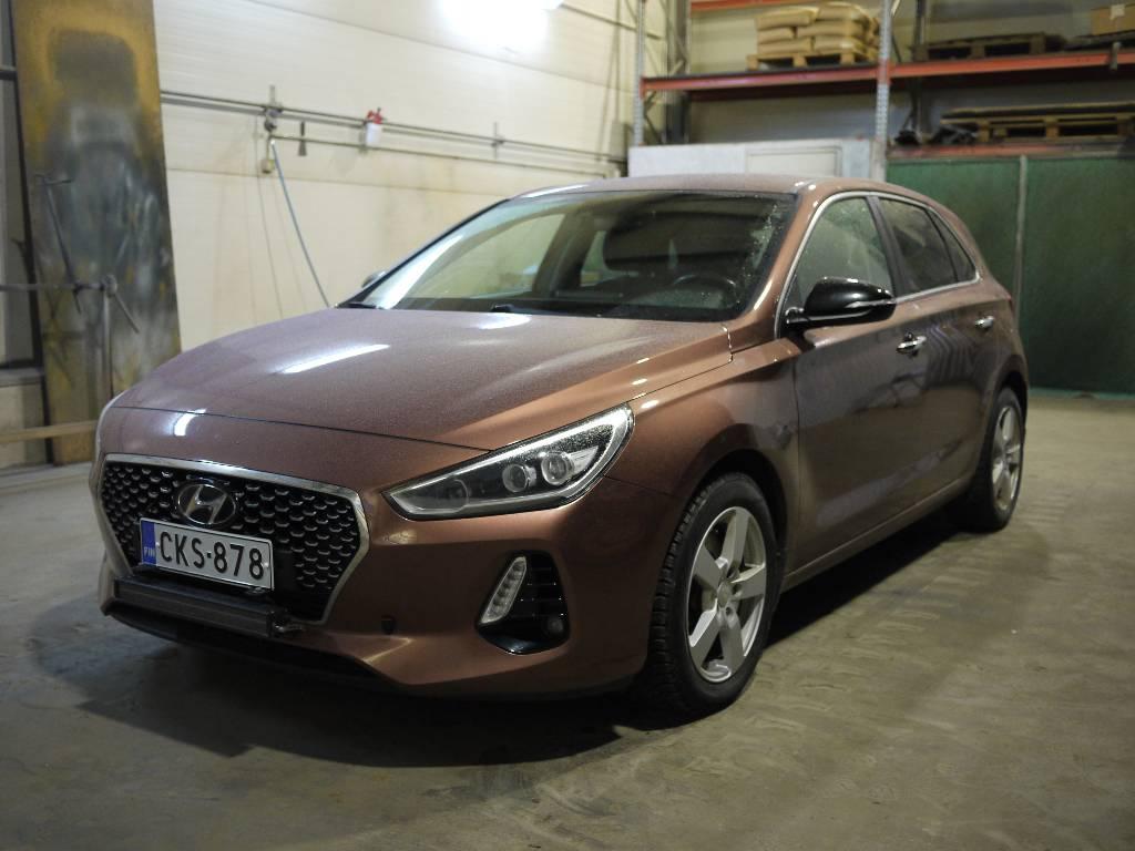 Hyundai i30, Henkilöautot, Kuljetuskalusto