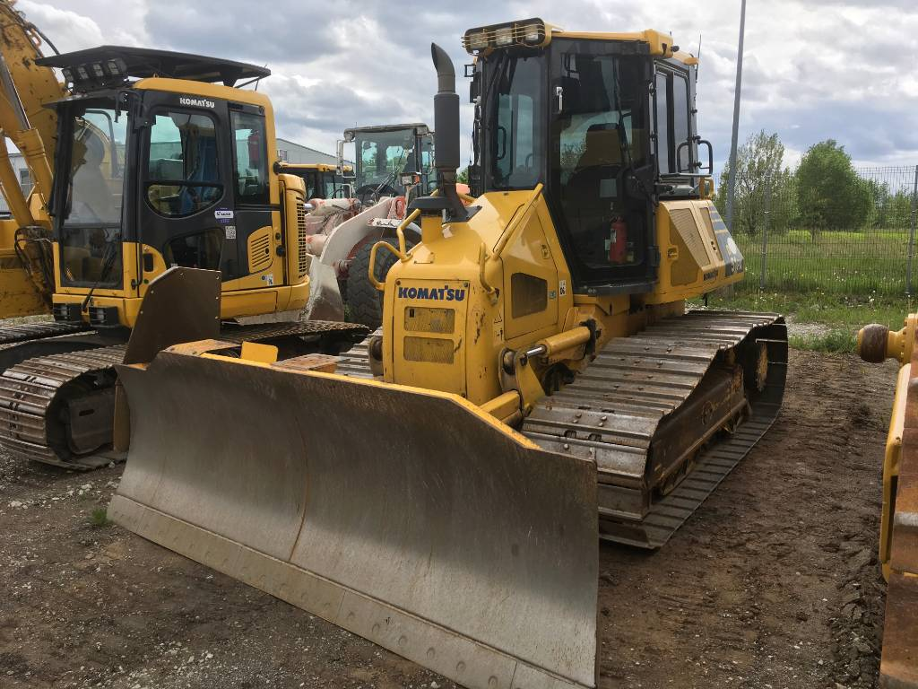 Komatsu D51PX-22, Crawler dozers, Construction Equipment