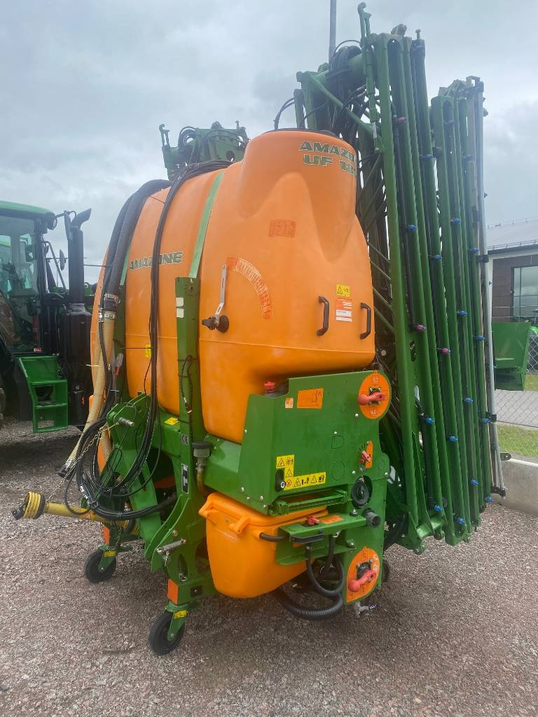 Amazone UF 1801 + FT 1001, Monterade sprutor, Lantbruk