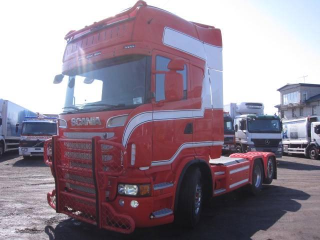 Scania R 560, Sadulveokid, Transport