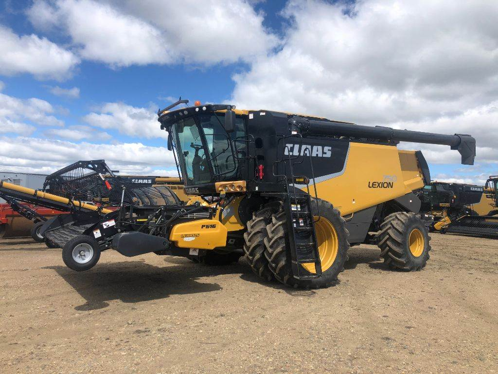 CLAAS LEXION 750, Combines, Agriculture