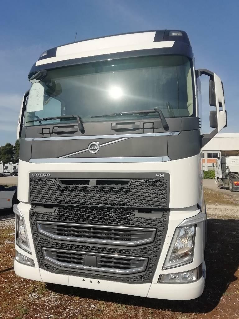 Volvo FH 540, Tractores (camiões), Transporte