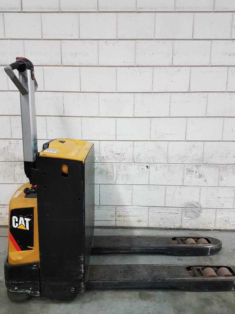 Caterpillar NPP16N2, Electro-pallettrucks, Laden en lossen