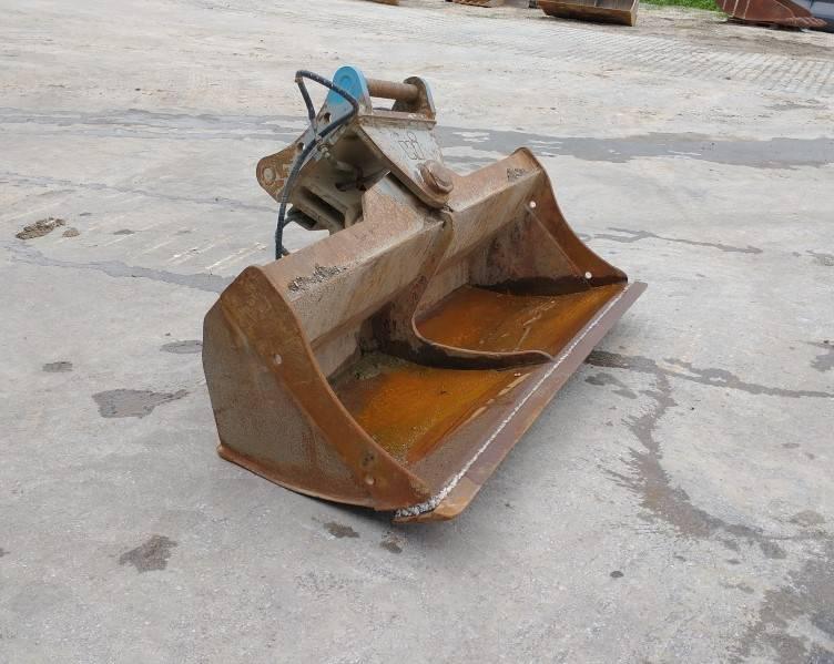 Winkelbauer Böschungslöffel S7 schwenkbar, Backhoes, Construction Equipment