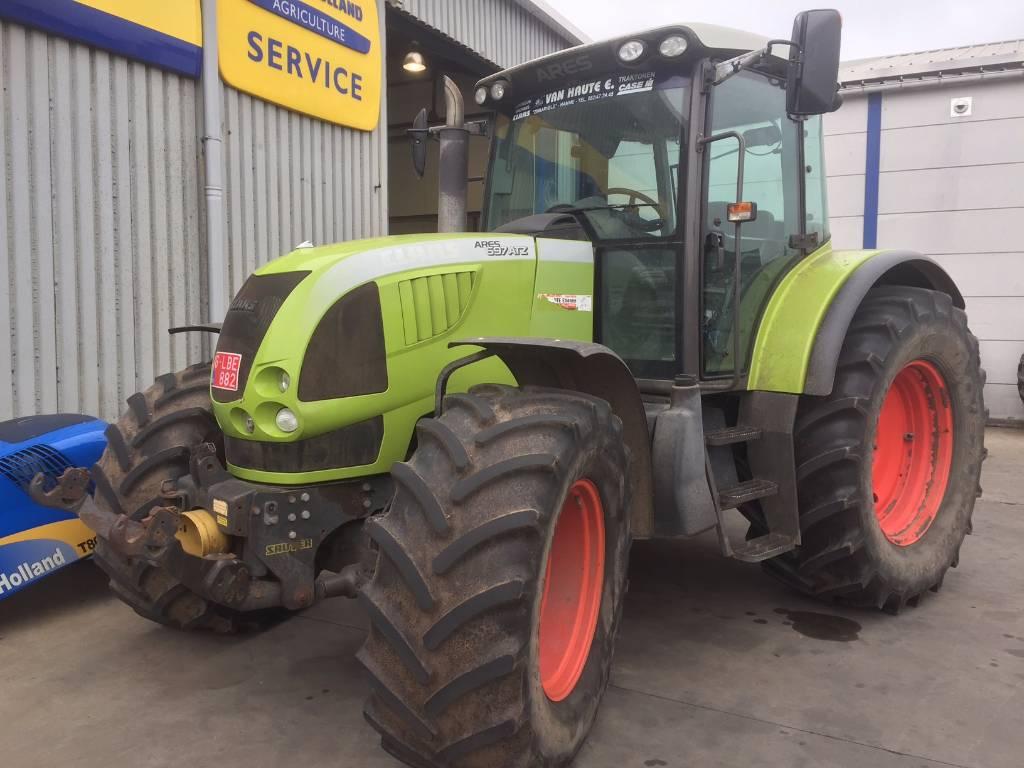 CLAAS Arez 697 ATZ, Tractoren, Landbouw