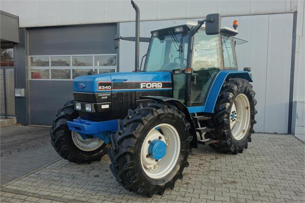 New Holland Ford 8340