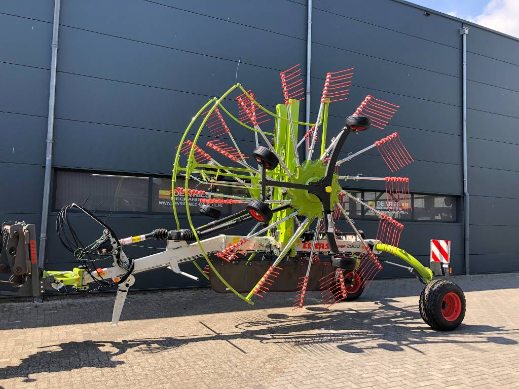 CLAAS Liner 2900, Swathers \ Windrowers, Agriculture