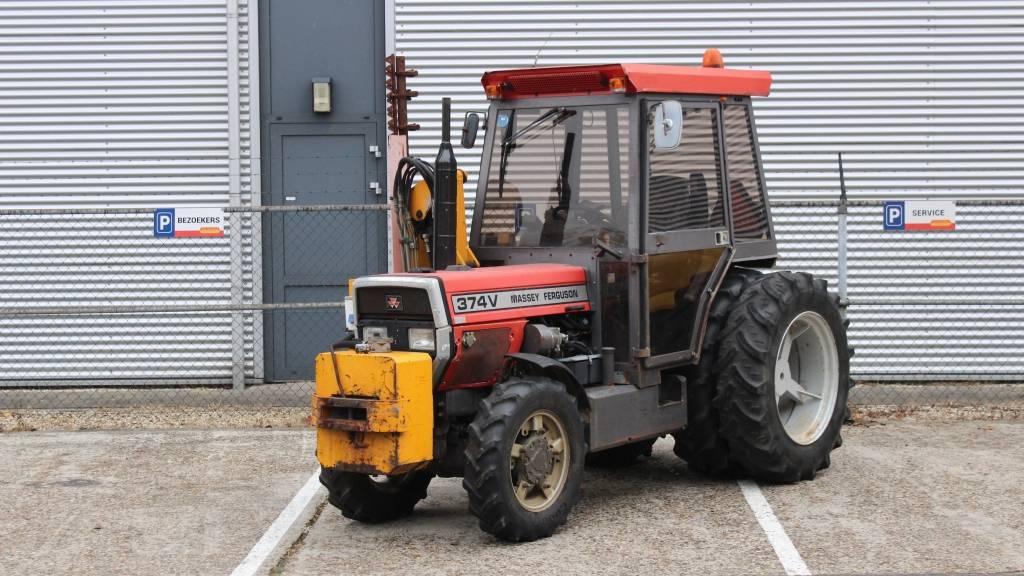 Massey Ferguson 374V met Schepers 190 cm maaibalk, Tractoren, Landbouw