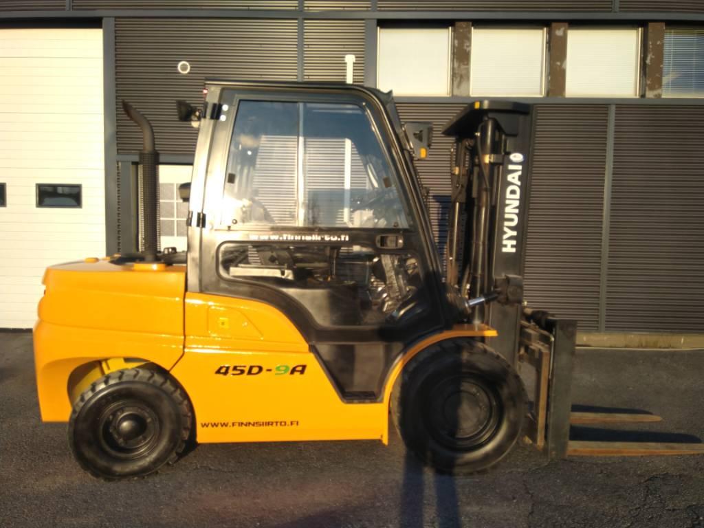 Hyundai 45D-9A, Dieseltrukit, Materiaalinkäsittely