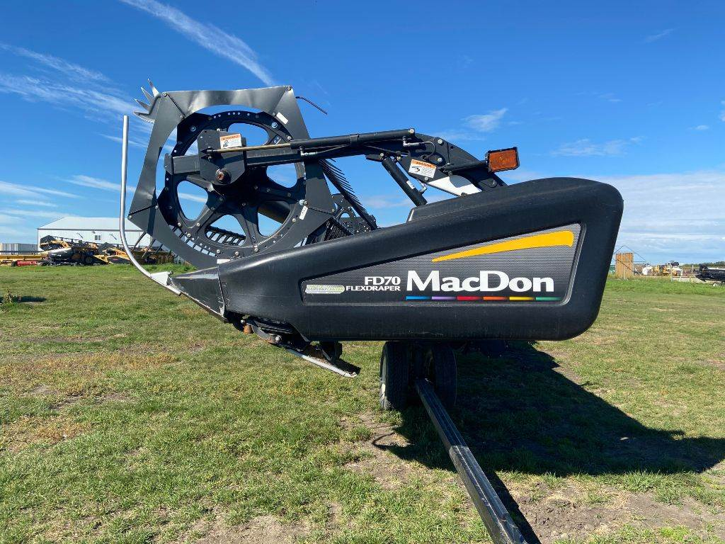 MacDon FD70, Combine headers, Agriculture