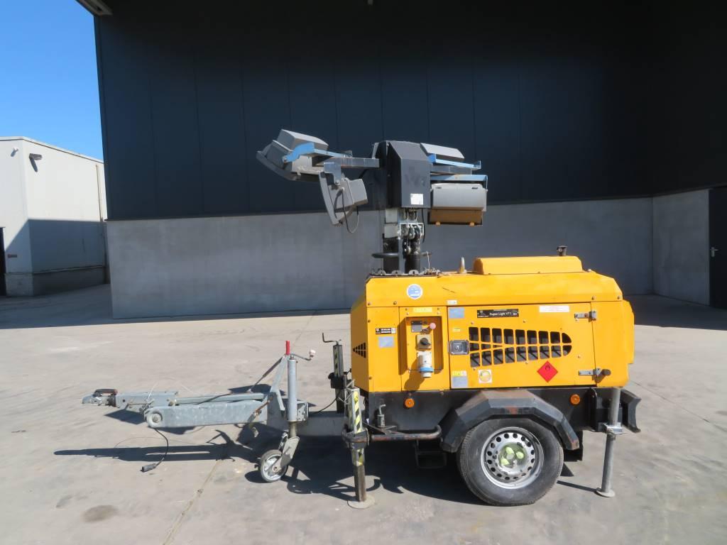 Towerlight VT1, Mobiele lichtmasten, Bouw