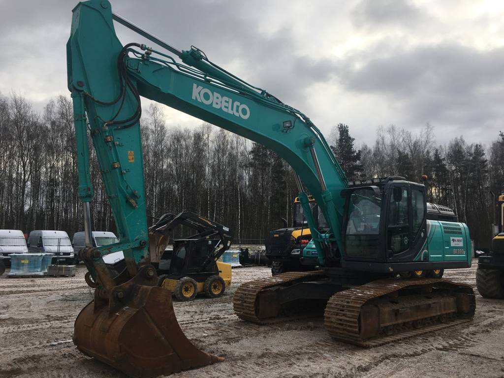 Kobelco SK300LC-10, Crawler excavators, Construction