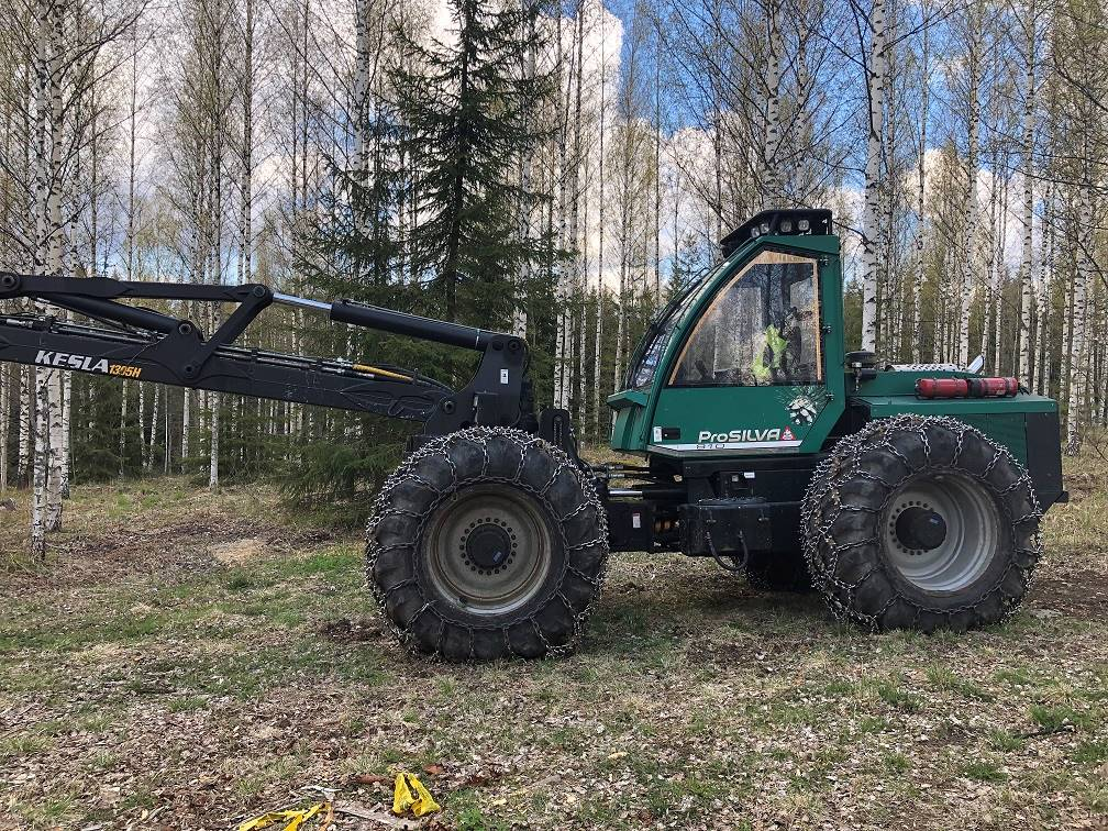 Prosilva 810, Harvesterit, Metsäkoneet
