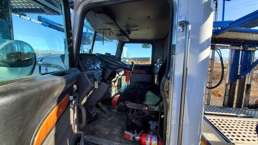 9547 Peterbilt 365, Car Haulers, Trucks and Trailers