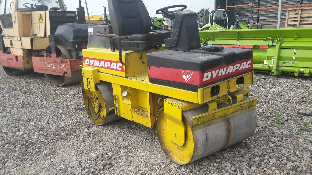 Dynapac LR 100, Twin drum rollers, Construction