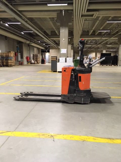 BT LPE 200 / 8, Low lifter with platform, Material Handling