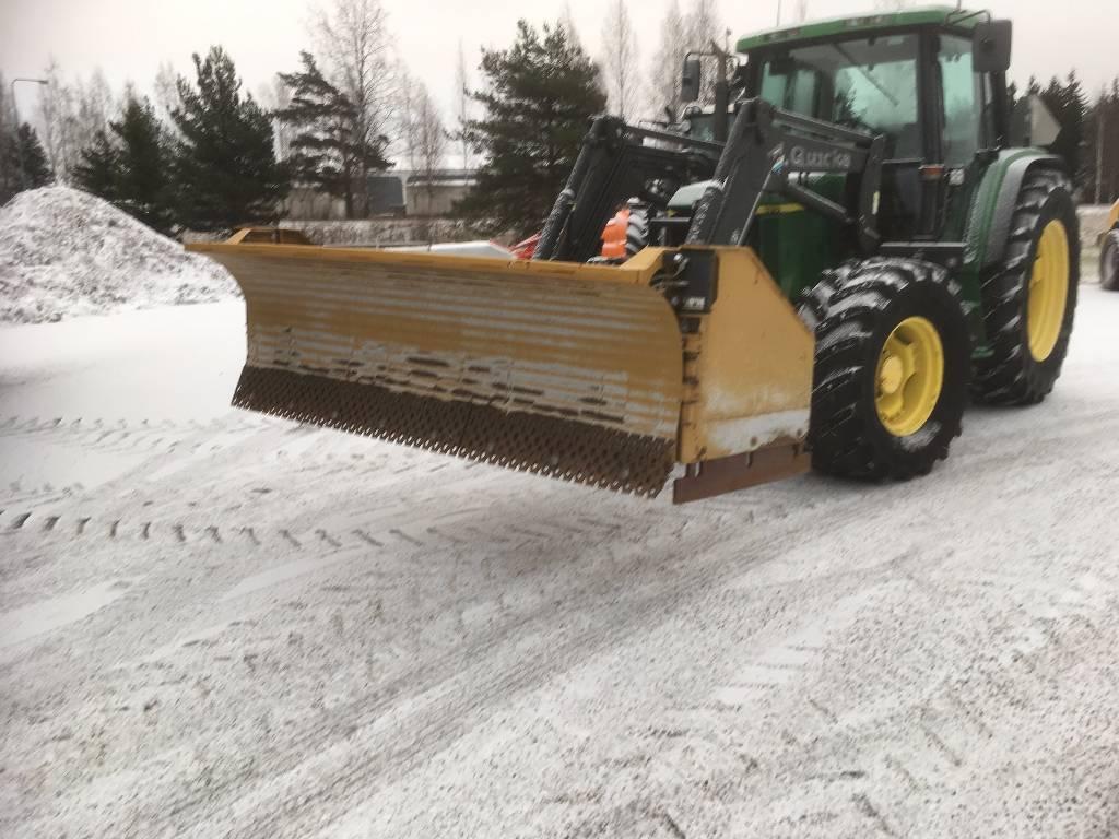 HLA Snow Wing 3200, Lumiaurat, Maatalous