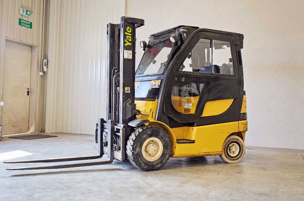 Yale GLP18VX F1925, LPG counterbalance Forklifts, Material Handling