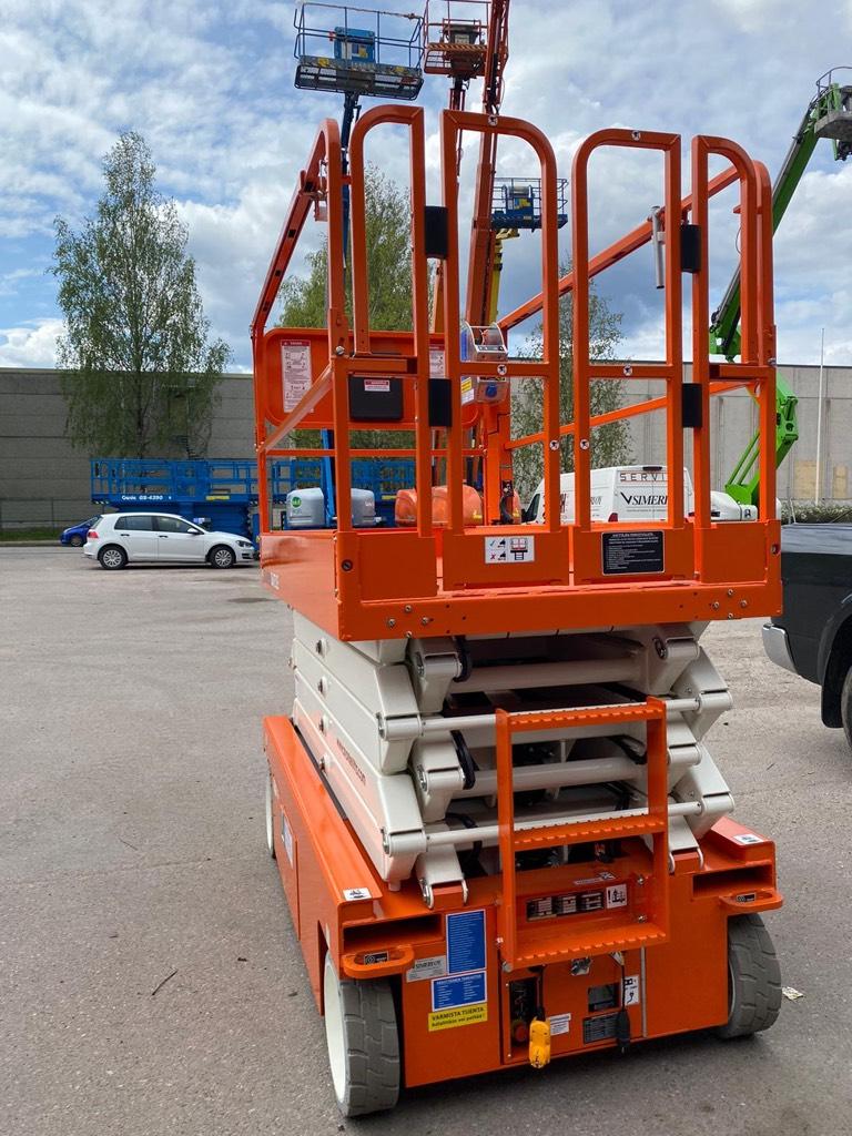 Snorkel S4732E henkilönostin, Saksilavat, Maarakennus