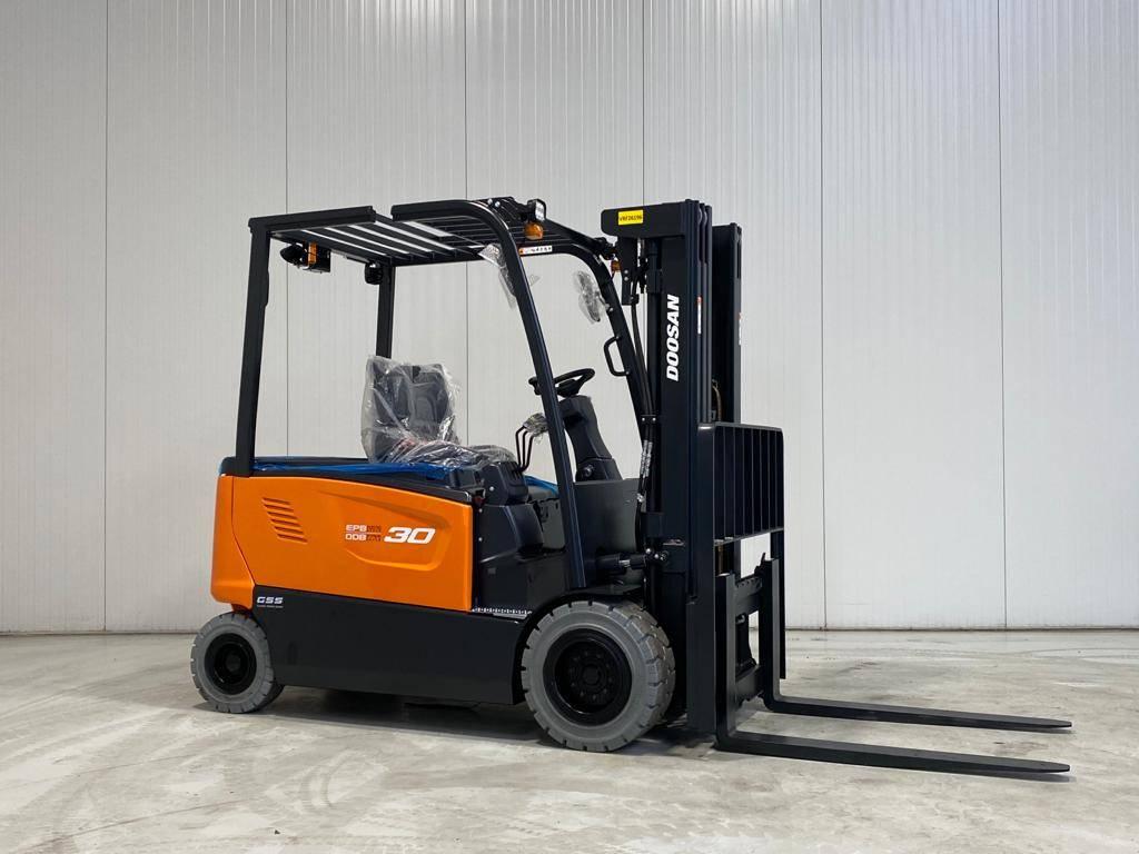 Doosan B30X-7, Elektrische heftrucks, Laden en lossen