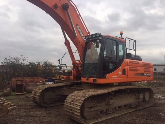 Doosan DX340LC-3, Crawler excavators, Construction