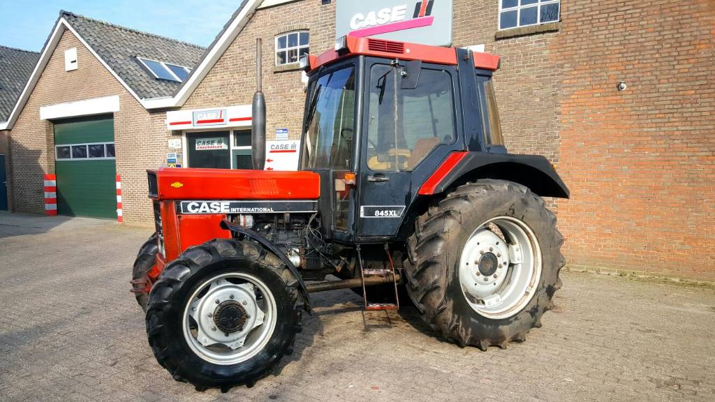 Case IH 845 XL, Tractoren, Landbouw