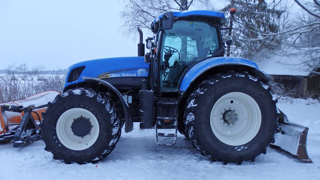 New Holland T 7050, Traktorid, Põllumajandus