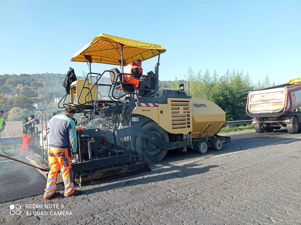Bomag BF 691, Asphalt pavers, Construction Equipment