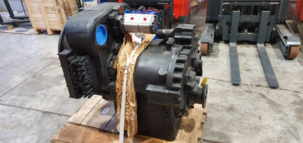 Linde Gearbox C4531, Other attachments and components, Material Handling