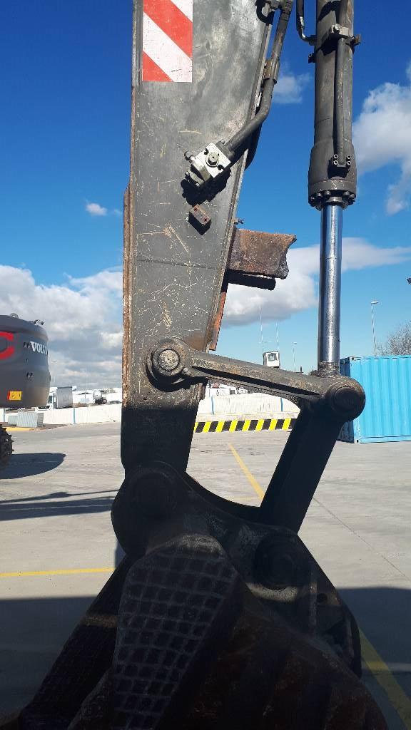 Volvo EC 210 B N LC, Crawler Excavators, Construction Equipment