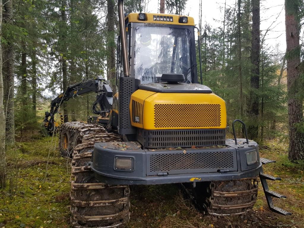 Ponsse Ergo 8W, Harvesterit, Metsäkoneet