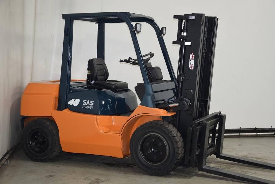 Toyota 02-7FD35, Diesel forklifts, Material Handling