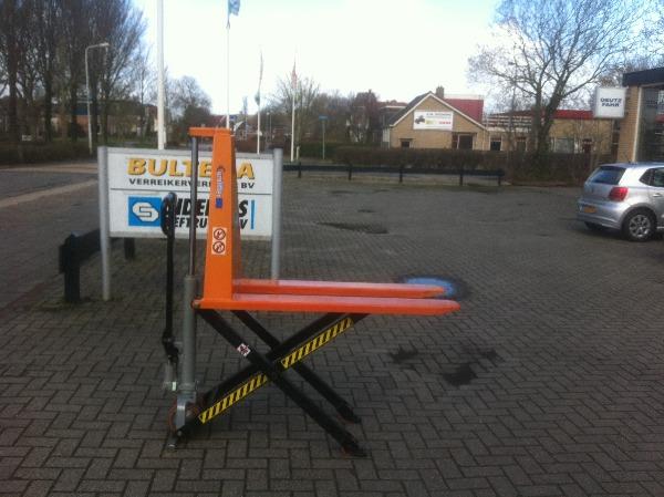 Eurolift Hoogheffer, Electro-pallettrucks, Laden en lossen